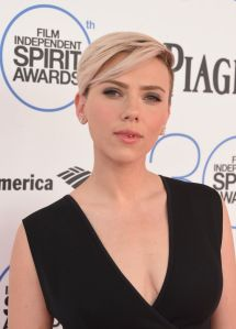 scarlett-johansson-2015-film-independent-spirit-awards-in-santa-monica_1